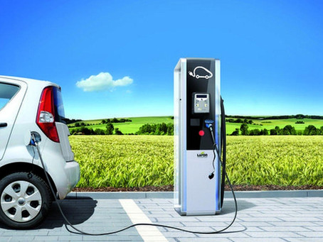 Besoin d'installer une prise ou borne de recharge sur votre lieu de travail ou à domicile ?
