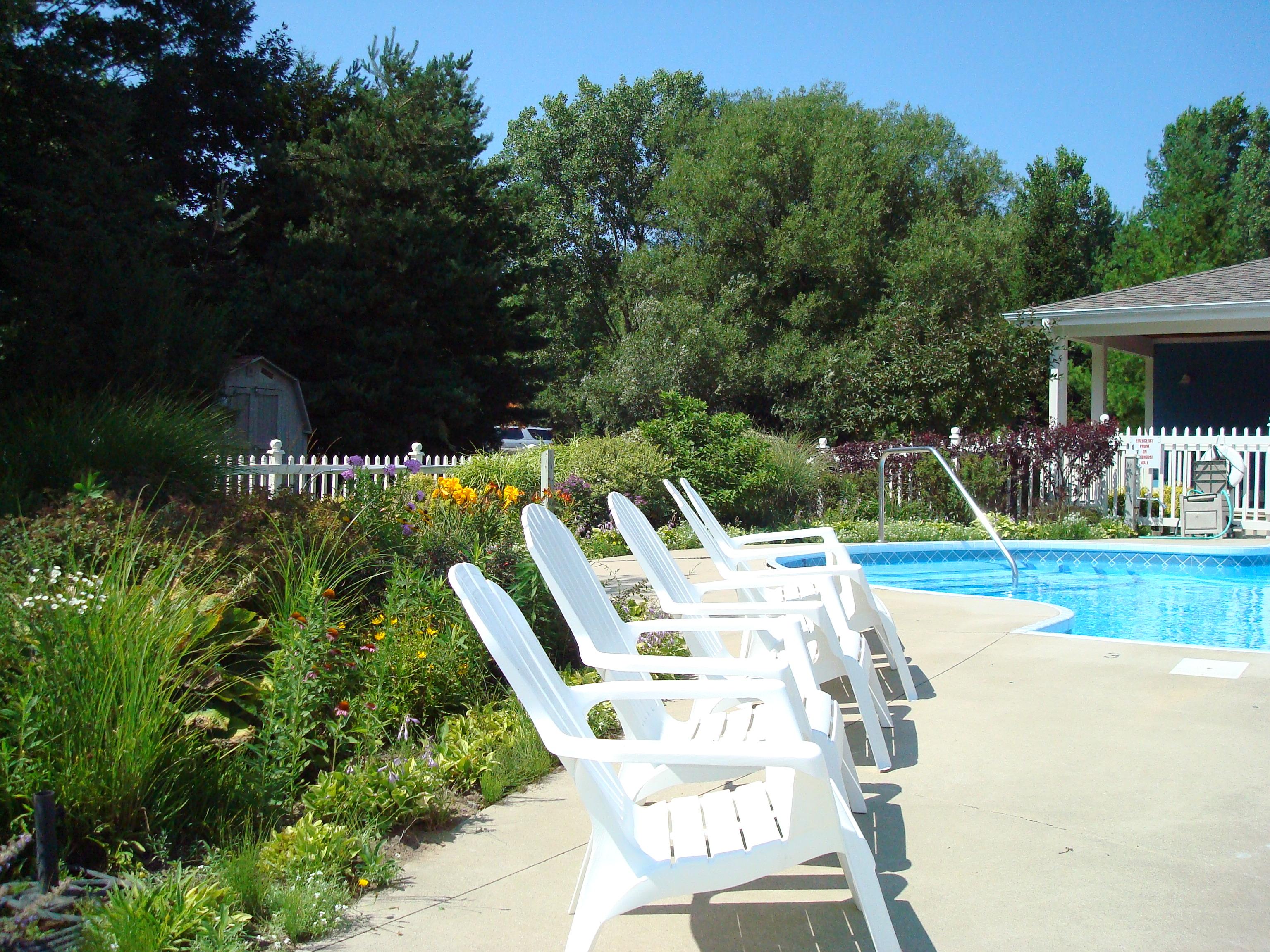 South Haven Marina Pool deck