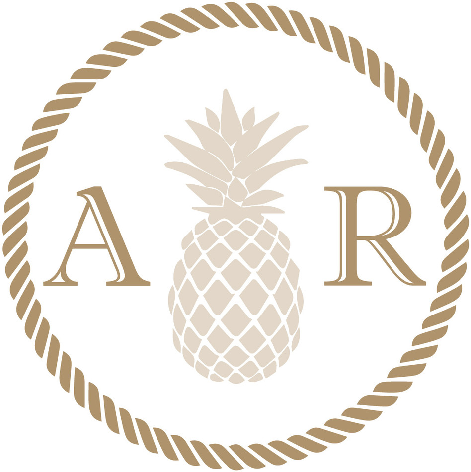 Laura's Pineapple logo_FINAL.jpg