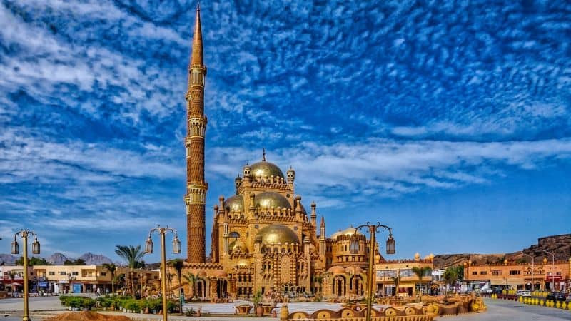 al sahaba. 10 Most Beautiful Mosques in Egypt