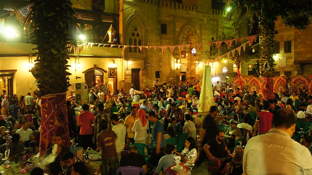 Zeinab Khatoon. Vintage Cairo: 15 of the Oldest Restaurants, Bars and Cafes in the City
