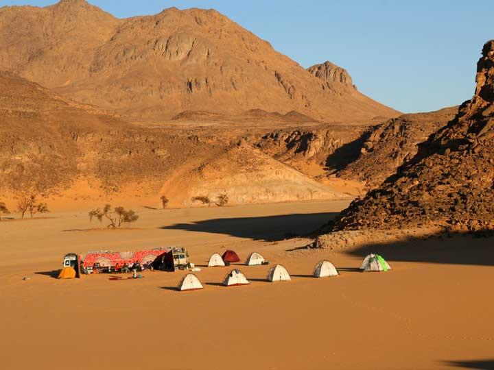 gilf el kebir. 7 Extreme Adventure Experiences in Egypt for Adrenaline Junkies