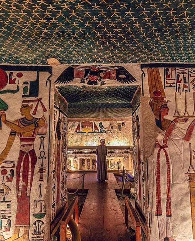 Valley of the queens. Best Ancient Egyptian Tomb Sites in Modern Day Egypt