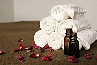 essential-oils-3931430_640.jpg