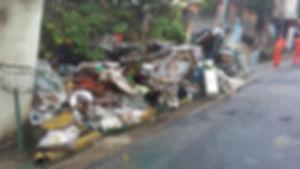 Lixo Calçadas - Arcanjo Caçambas