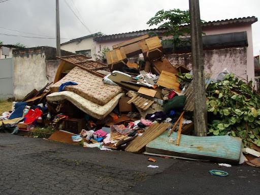Arcanjo Caçambas SP - Descarte irregular