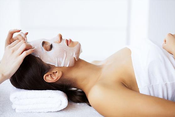beautiful-young-girl-in-spa-salon.jpg