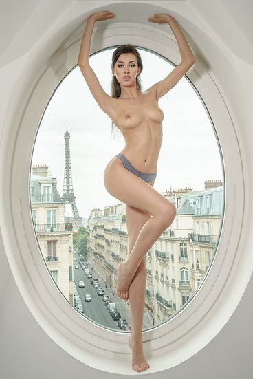 Nicola - Paris