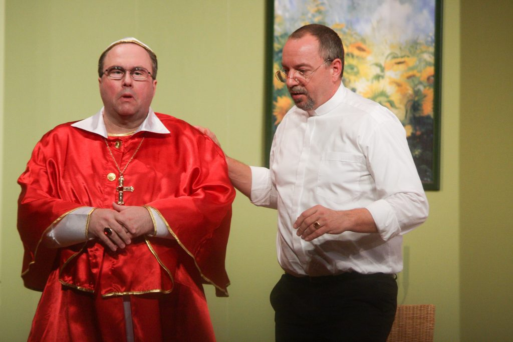 """Kardinal O'Hara in """"Der Tag, an dem der Papst gekidnappt wurde"""""""