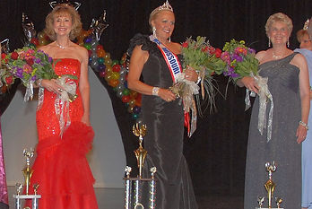 2009 Pageant Court-3.jpg
