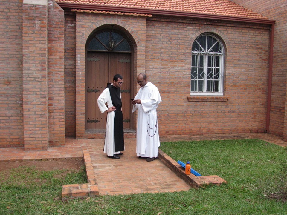Pe. Guilherme Souza O.Cist e Frei André