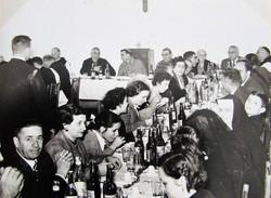 Almoço no dia da inauguração da Abadia de Itatinga