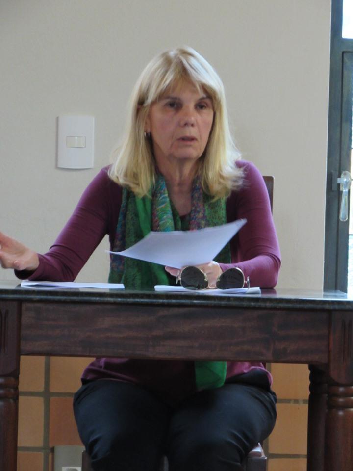 Dra. Roseana Barone Marx