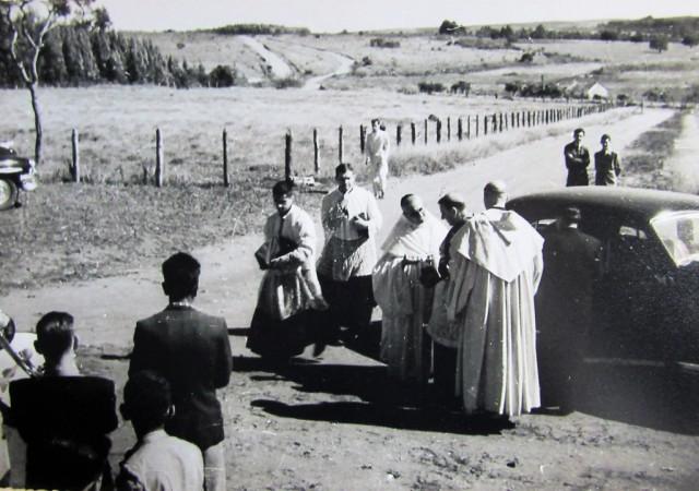 D. Henrique Golland chega para a bênção do novo mosteiro