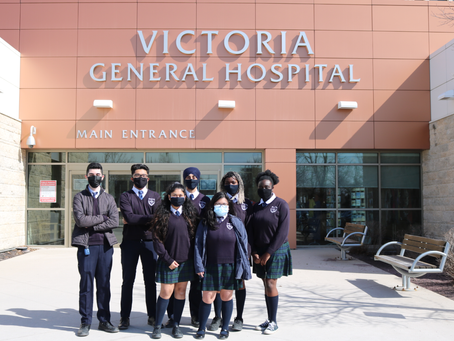 Students Give Back to Healthcare Workers