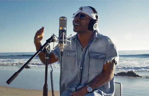 Eric Bellinger Covers 'Let Me Love You' On The Beach
