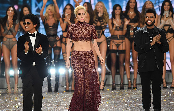 Bruno Mars And The Weekend Blaze At This Year's 'Victoria's Secret Fashion Show'