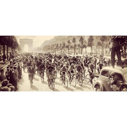 Champs Elysees vintage Tour de France