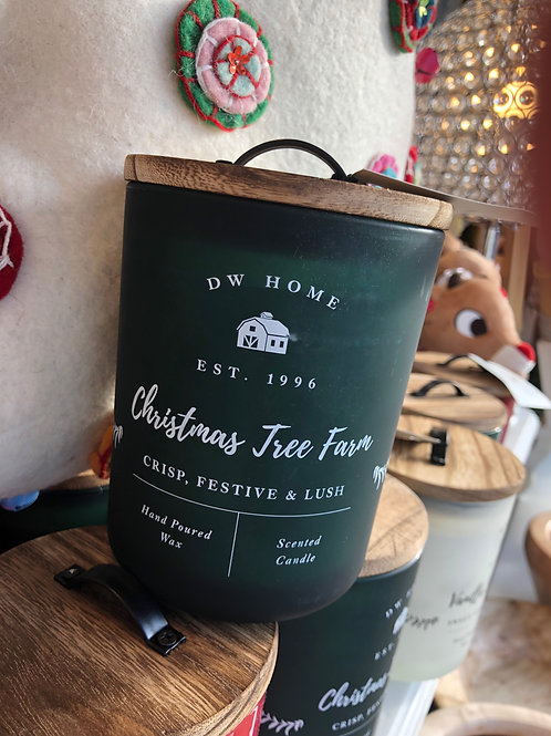 DW Home Farmhouse ChristmasTree farm candle