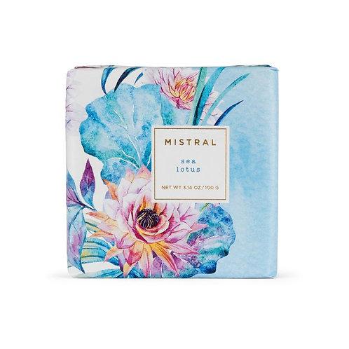 Mistral Exquisite florals Sea Lotus petite gift soap