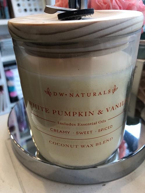 DW Home White pumpkin & Vanilla coconut wax candle