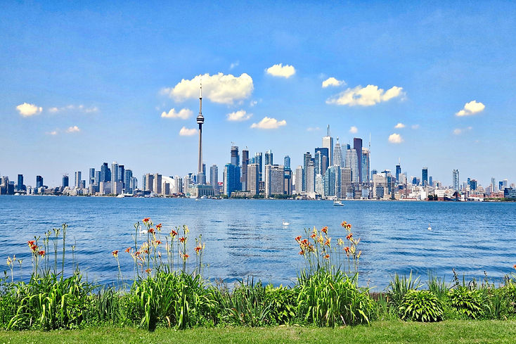Toronto skyline day.jpg