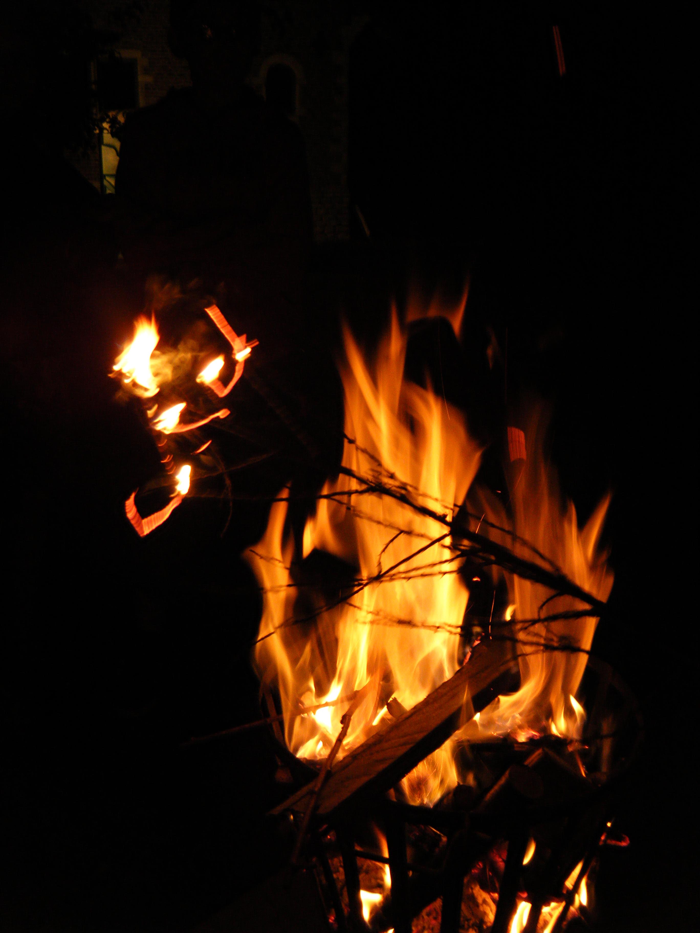 Vuur in vuurschaal