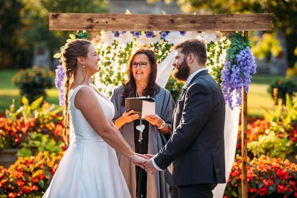 Fall wedding Queenston Heights