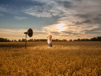 Behind The Scenes - Elka Guilbert