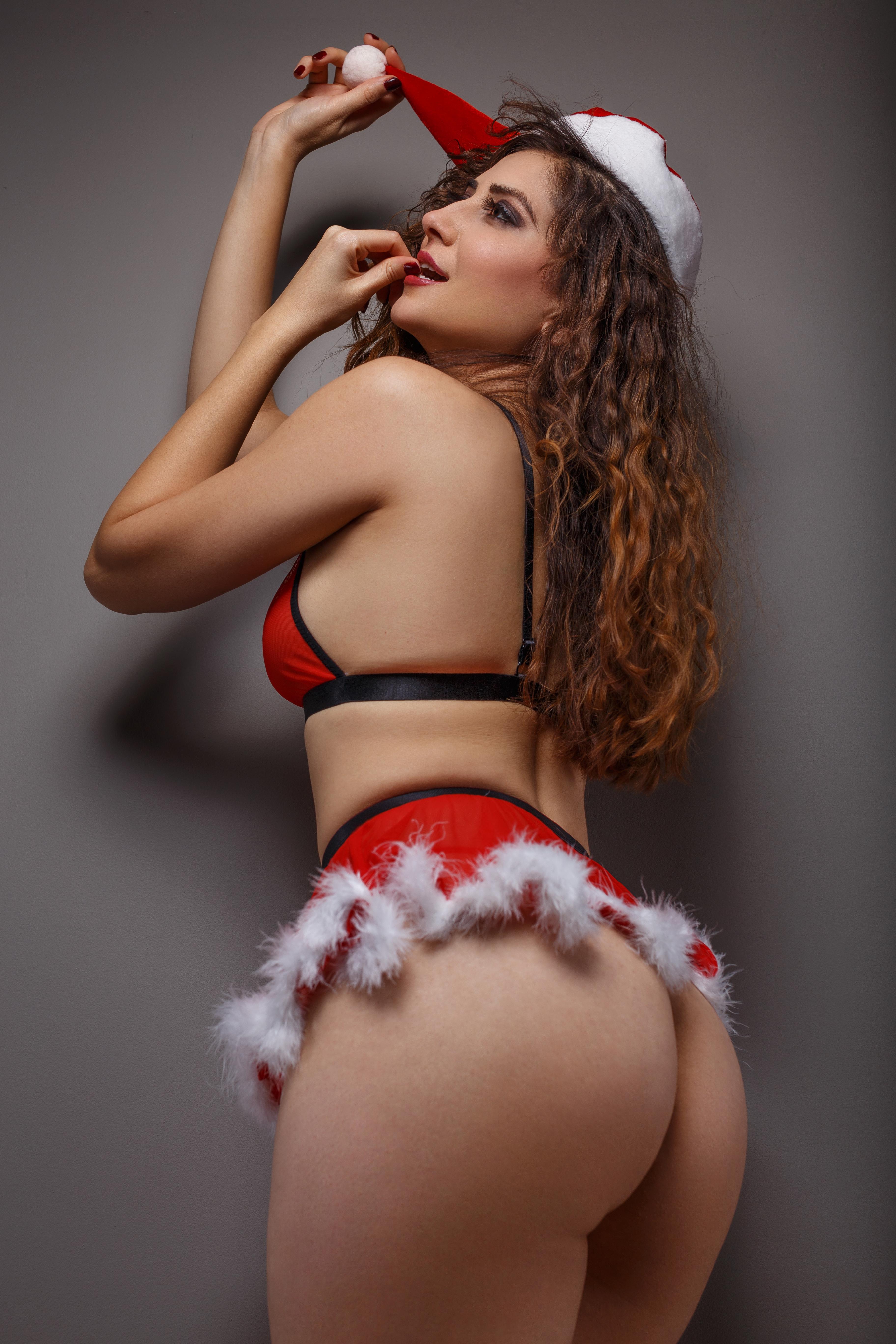 Julie Atara