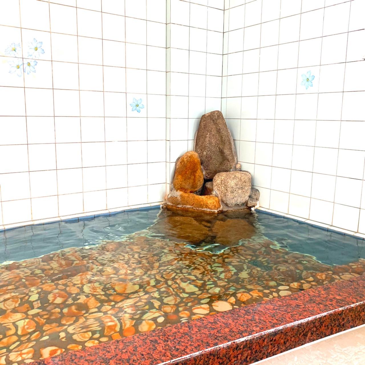 備前焼きタイルのお風呂