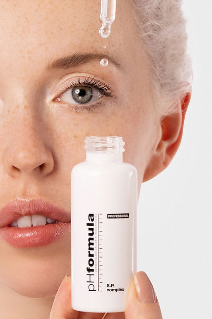 Beauty Campaign for PH Formula with Eve Gabriel (one Wave Management),  Makeup Artists: Erion Makeup (nika ambrozic), Regina Khanipova. Shot at The Loft Studio Barcelona. Assistant: Maurizio Pedroni and Marie Beriestain