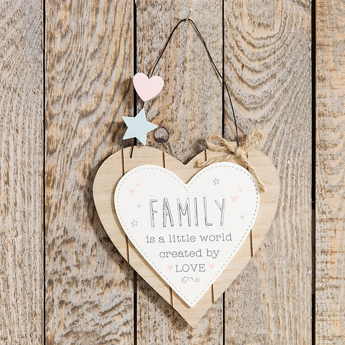 Love Life Heart 'Family' Hanging Plaque