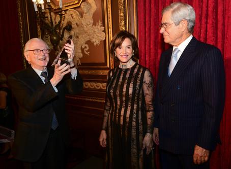 The American Hospital of Paris Foundation held a festive gala at the Metropolitan Club