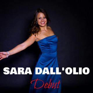Italian singer Sara Dall'Olio releases her first studio album « Debut »