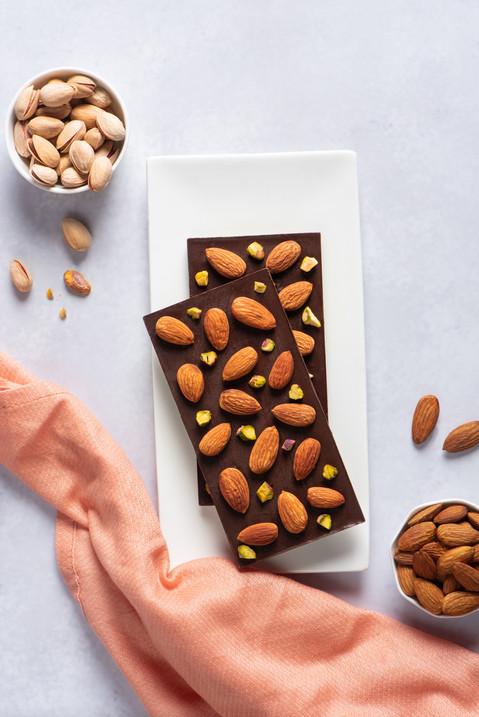 Almond Dario - Chocolate Bar