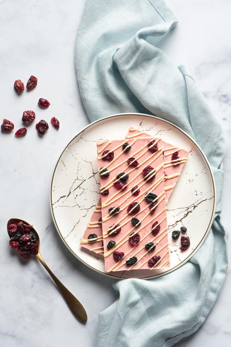 Strawberry Dario - Chocolate Bar