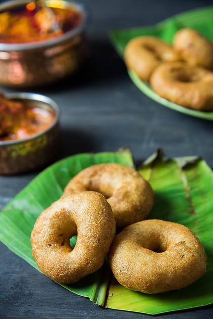 Vada and chicken curry