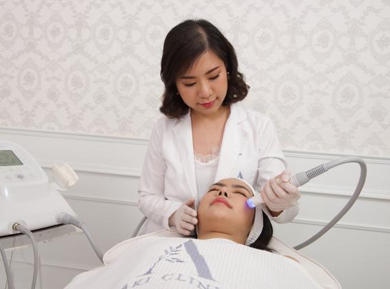 Aki clinic RF V shape 00.jpg