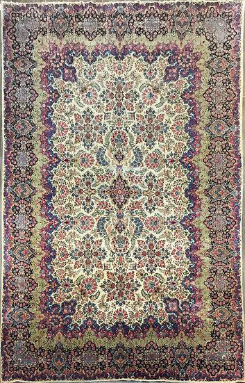 O47 Persian Kerman 10.11x17.4