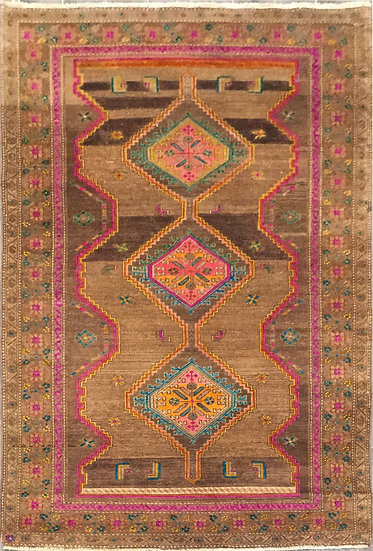 5A0175 Persian Vintage 4.6x7.6