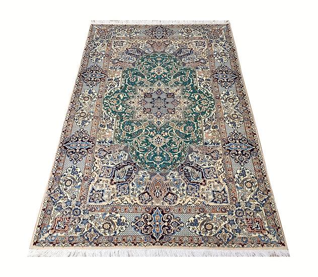 4023 Persian Nain 4.2x6.7