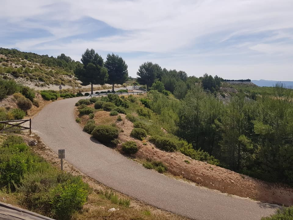 Perfect road cycling road with escapar.cc in denia calpe ontinyent alicante  luxury cycling training camp