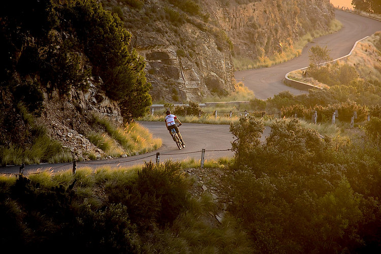 easy cycling in beautiful mountains of valencia denua and calpe