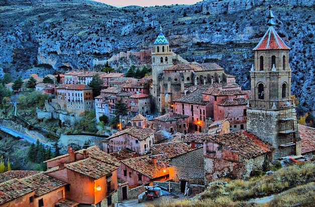 grand tour albarracin.jpg