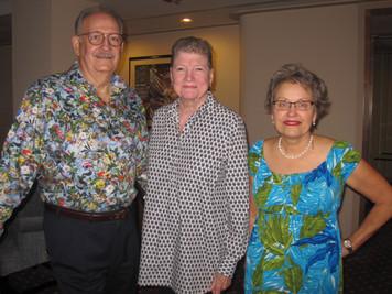 8. Walter Jones, Maria Siemon,  Julie Bi
