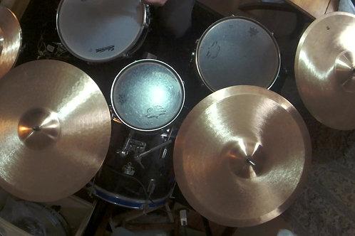 Cymbal Kit, Pair of Hihats, 1 Ride, 1 Ride/Crashes, 1 Crash