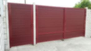 Распашные ворота с отдельностоящей калиткой