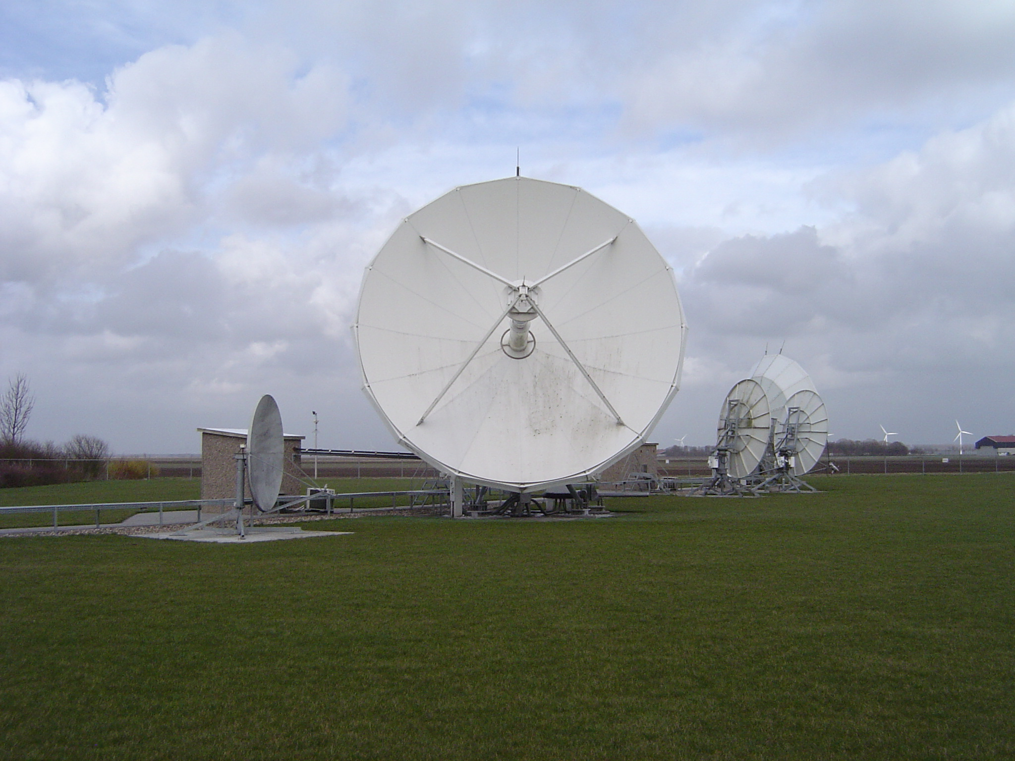 Teleport Antenna