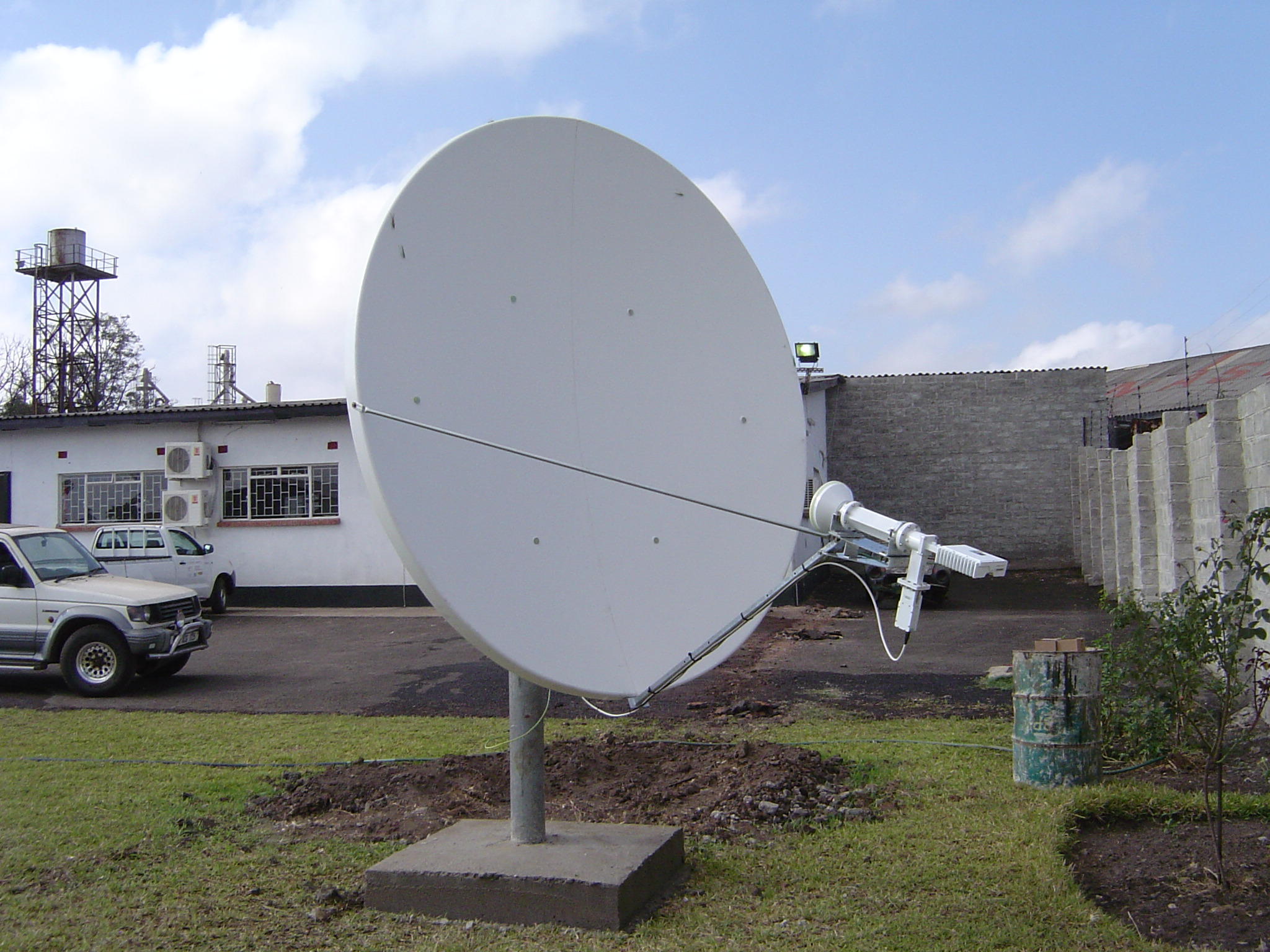 2.4m C-Band front